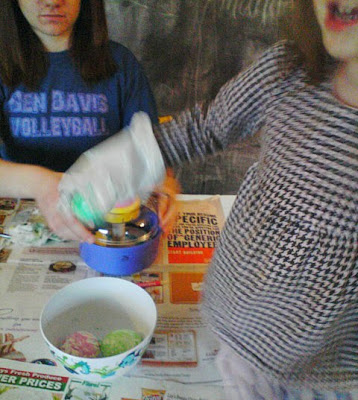 Easy Egg Coloring Decorating for Preschoolers and Toddlers Babies