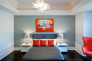 dormitorio acentos naranjas