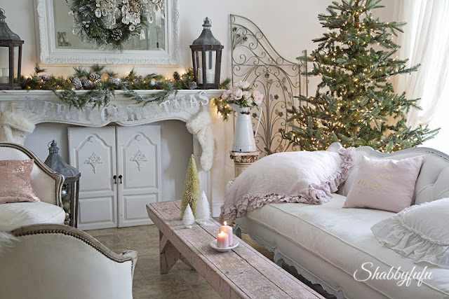 shabby chic christmas decorating
