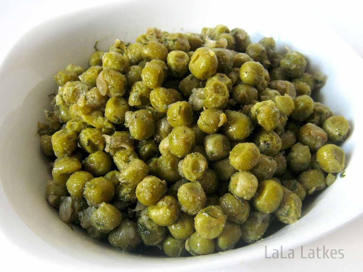 Гарнир из зеленого горошка
