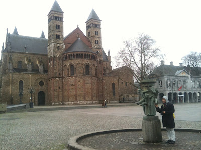 A tale of two cities: the twin-city break - Alvinology