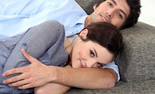 ما هو افضل وقت للجماع بعد الولادة امرأة تحب رجل حبيبان couple in love romance