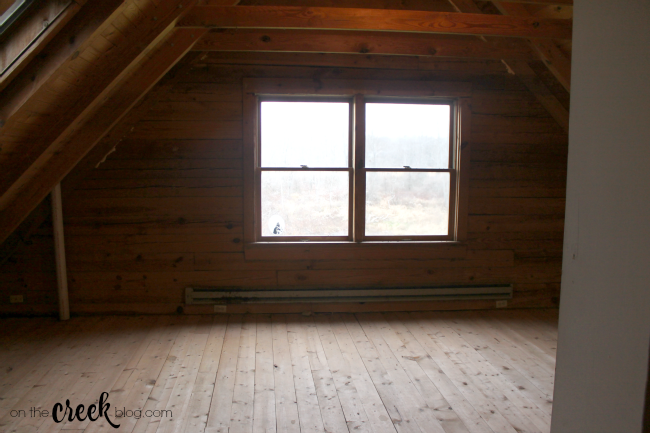 cabin loft bedroom before