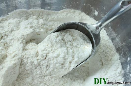 3 cách làm trắng da bằng bột gạo siêu an toàn tại sao bạn không thử?