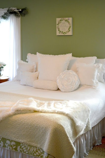 Green and white Christmas bedroom