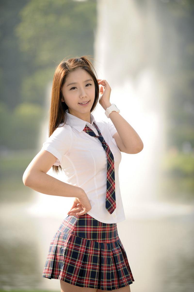 asian-dolls-schoolgirls