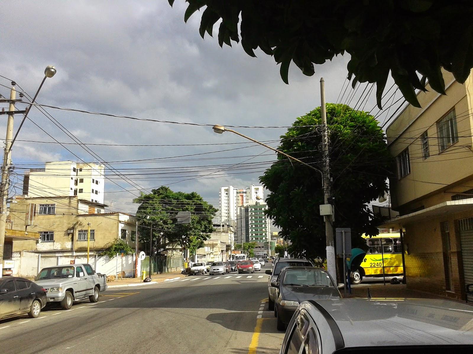 Avenida 7 de Setembro, no bairro aterrado