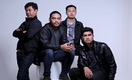 Lirik Lagu Cinta Tak Pernah Terlambat - Tiket Band