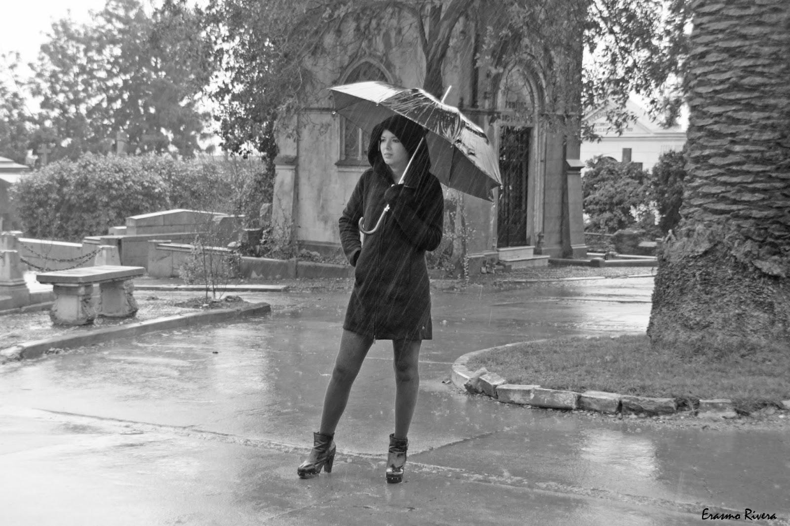 Bajo la lluvia - Página 15 Mujer%2Bbajo%2Blluvia%2Bpoema%2Bde%2Bla%2Blluvia%2Bpoemas%2Bal%2Balma%2Bversos%2Bal%2Balma%2Binvierno%2Bpoemas%2Bde%2Binvierno