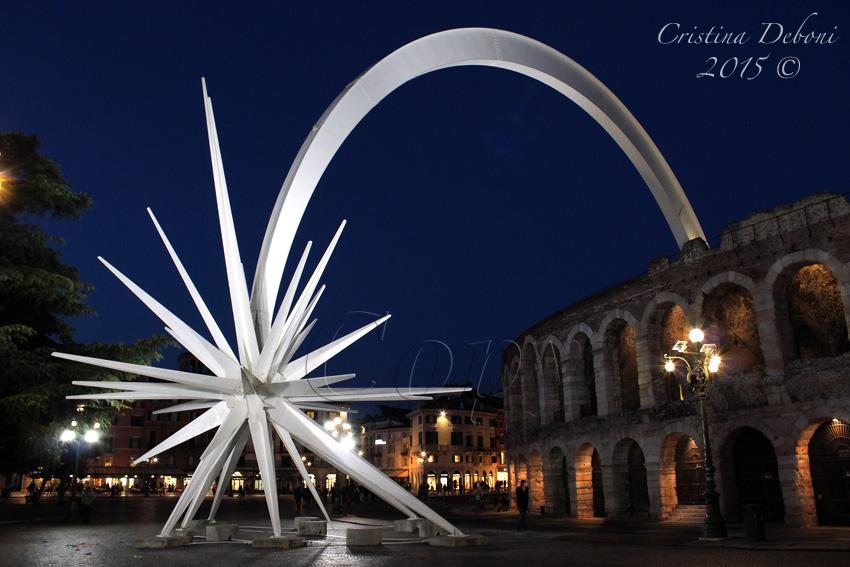 Verona Stella Di Natale.Esplorando La Stella Di Natale In Piazza Bra A Verona Un
