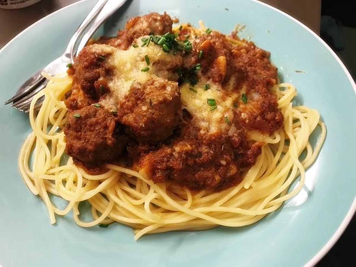 Download Wallpaper Cara Membuat Spagheti Meatball dan Mozarella