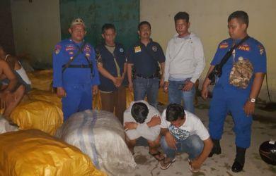Penangkapan penyelundup 38 bal monza.