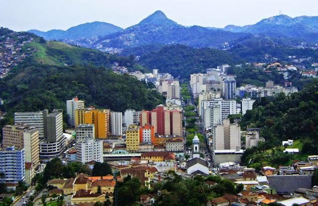 Vista do centro de Petrópolis