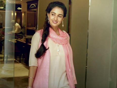M S Dhoni Movie Actress Disha Patani Images Hd Wallpapers