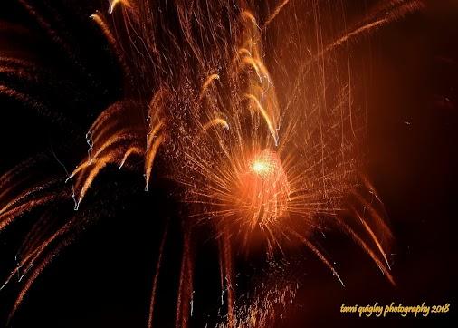 #Fireworks #FourthofJuly #FourthofJuly2018 #IndependenceDay #IndependenceDay2018 #HappyBirthdayAmerica...