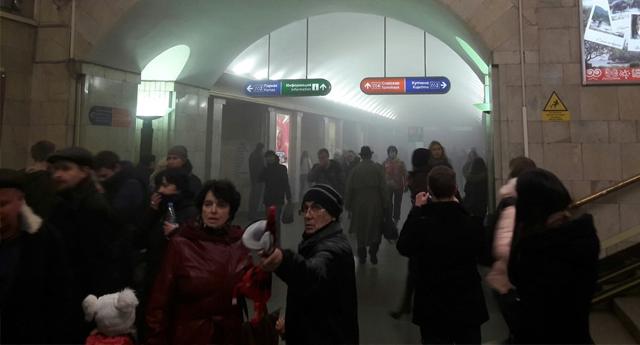 Al menos 10 muertos tras una explosión en el metro de San Petersburgo