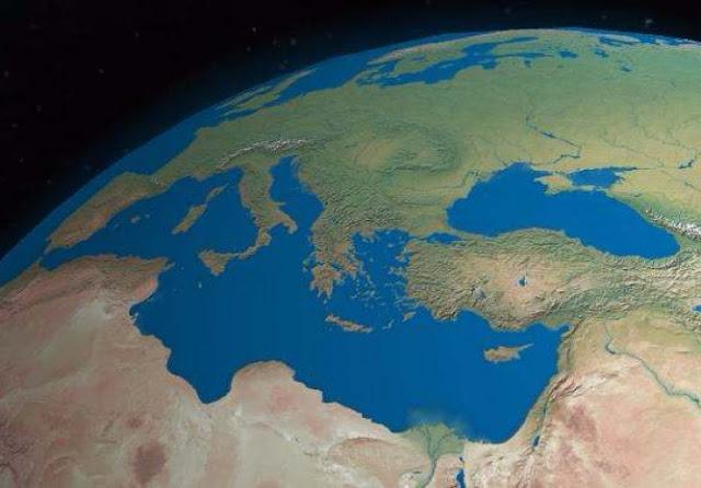 Η ενέργεια, ο παγκόσμιος πληθυσμός, η Μεσόγειος… και η Δημοκρατία