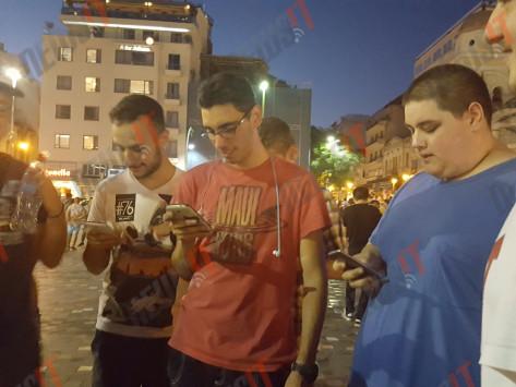 [Ελλάδα]Σαββατόβραδο στην Αθήνα με τους κυνηγούς Pokemon! (ΦΩΤΟ)