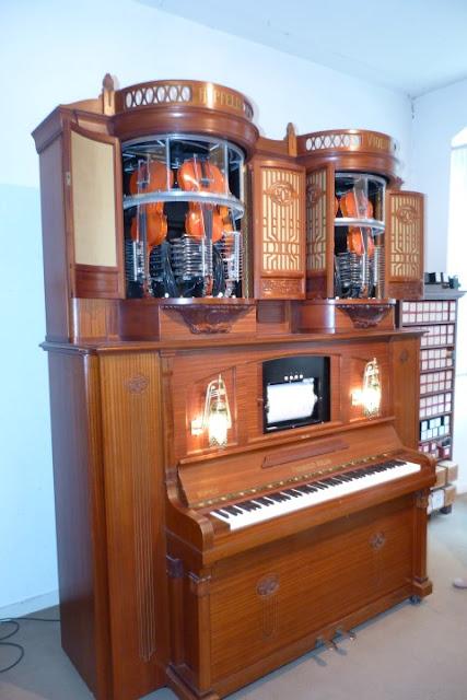 mechanische piano in museum Rudesheim