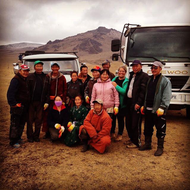Our 2015 Terkhiin Tsagaan Nuur clean-up team