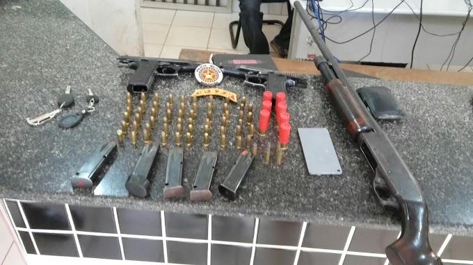 Operação conjunta entre Polícia Militar e Civil, prendem 6 pessoas e aprendem 2 pistolas de uso restrito e uma espingarda calibre 12 em chapadinha