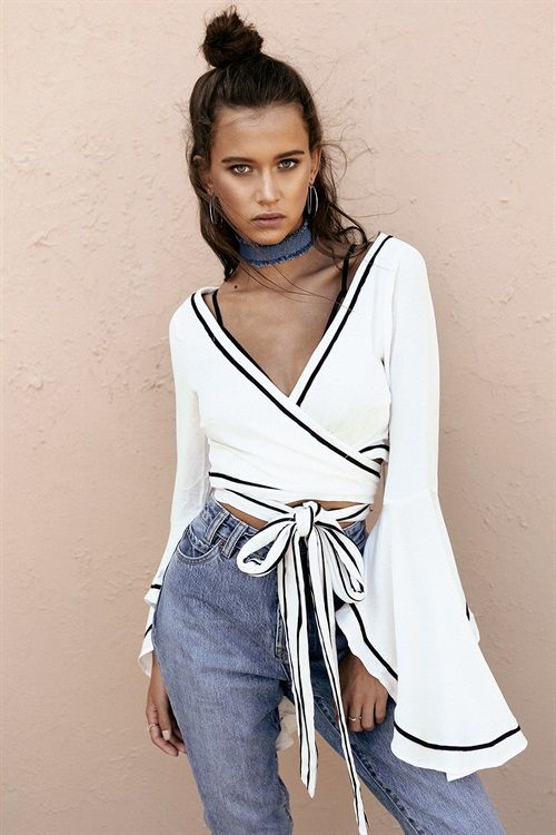 cute summer outfit flare sleeve crop wrap blouse and denim choker