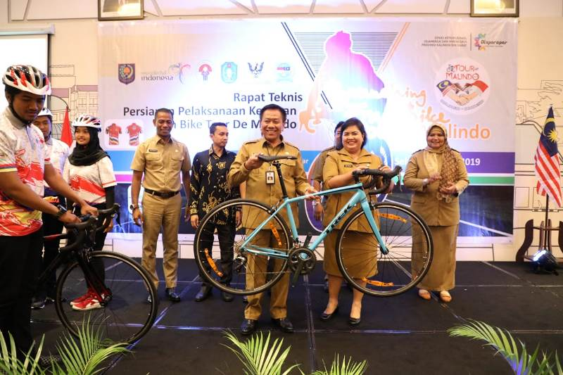 Launching Fun Bike Tour De Malindo 2019 Indonesia – Malaysia