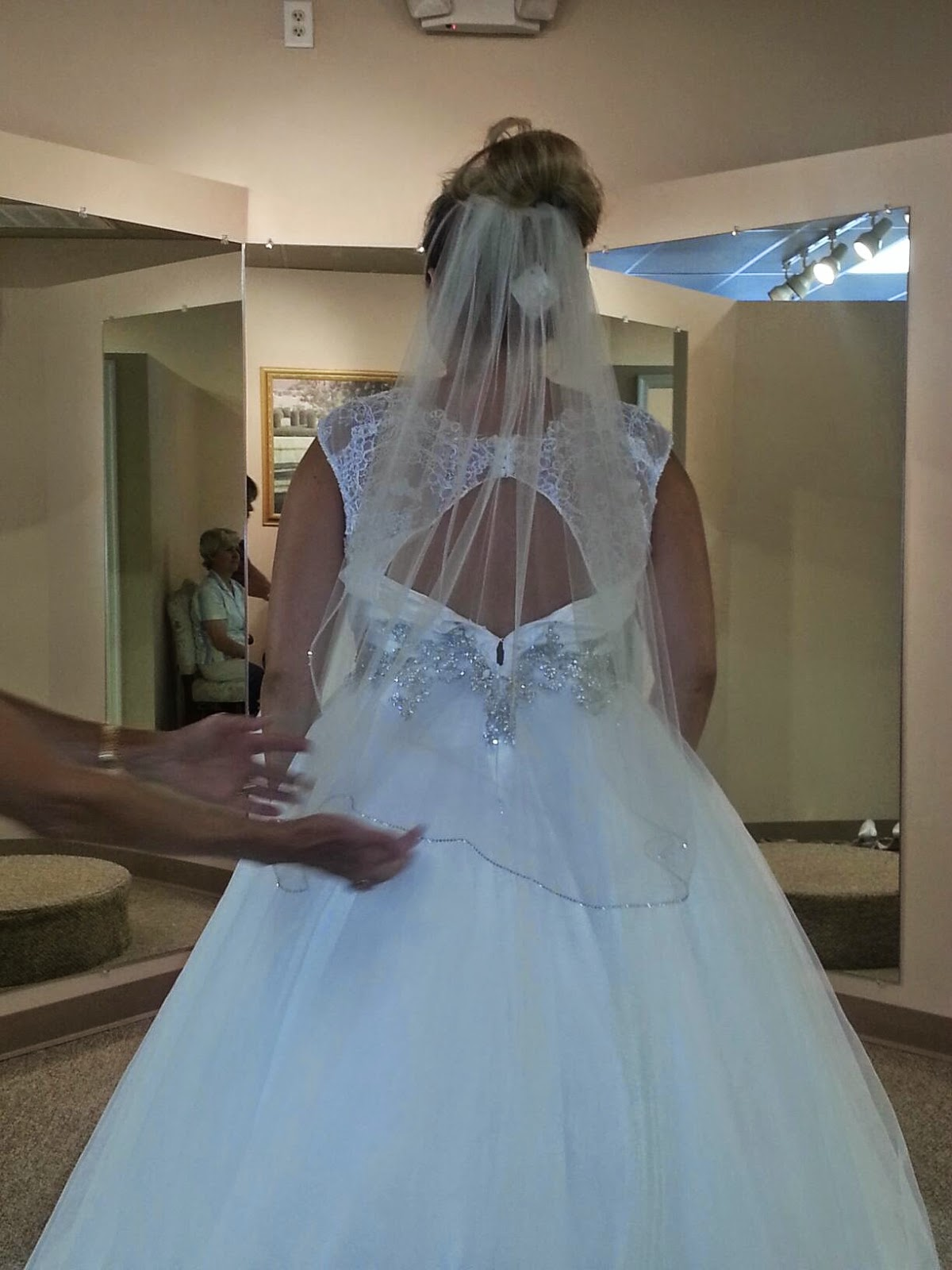 The Wedding Chronicles: Wedding Dress Shopping - Lace And Grace