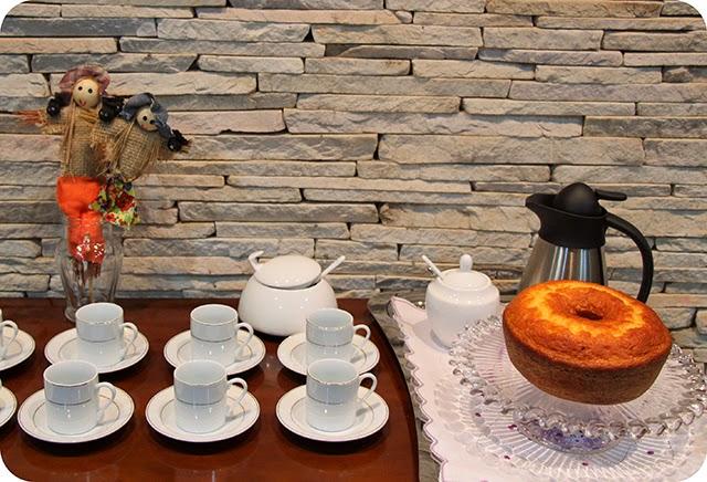 Café com Bolo de Laranja