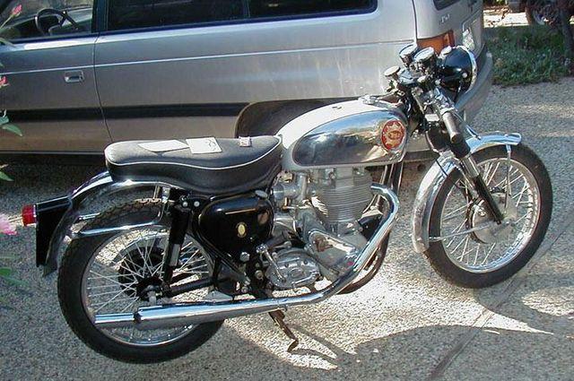 foto moto Goldstar año 1960 (1960-BSA-Goldstar-Silver-1637-0)