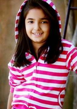 Profil Anushka Sen Biodata, Foto, Agama, Facebook, Twitter