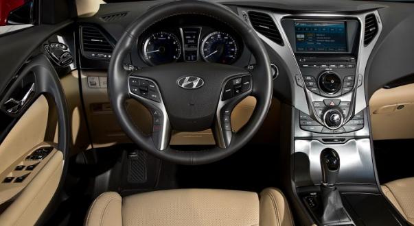 2018 Hyundai Azera Interior