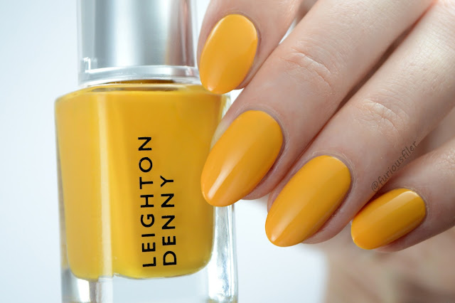 Leighton denny nothing but sand swatch yellow