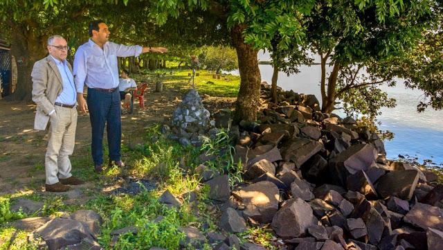 Faurie sobrevoló la isla de Apipé y se reuniría el lunes con el canciller de Paraguay
