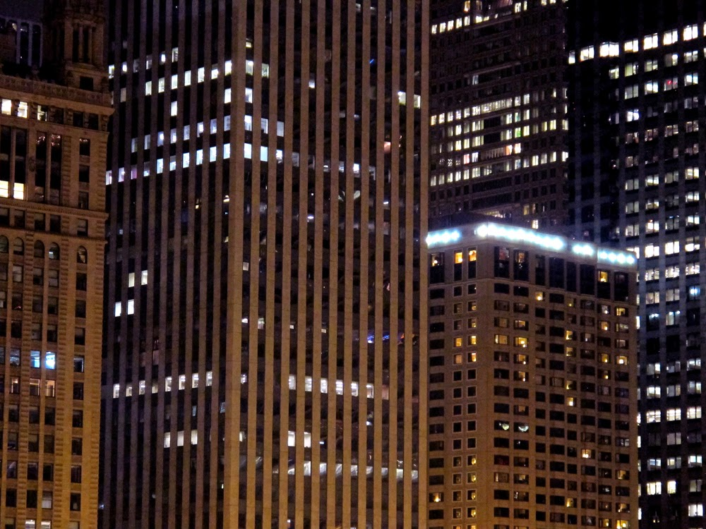 Chicago skyscrapers at night