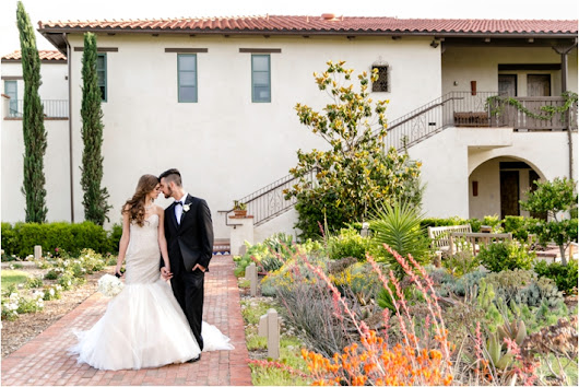 Glamorous Vineyard Romance Shoot from Michelle Garibay Events