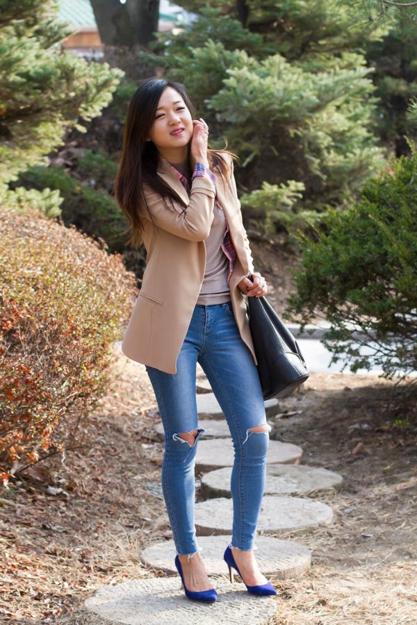 профессиональный фотограф, фотосессия, весенний образ, рваные джинсы, солнце, настроение, мода, корея, мода в корее