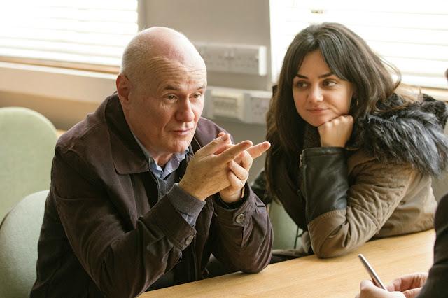 Daniel Blake (Dave Johns) et Katie (Hayley Squires) dans Moi, Daniel Blake, de Ken Loach (2016)