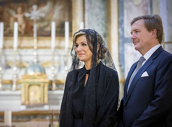 King Willem-Alexander and Queen Maxima attended a special meeting with Pope Francis at the Apostolic Palace. Queen wore Dolce & Gabbana black dress