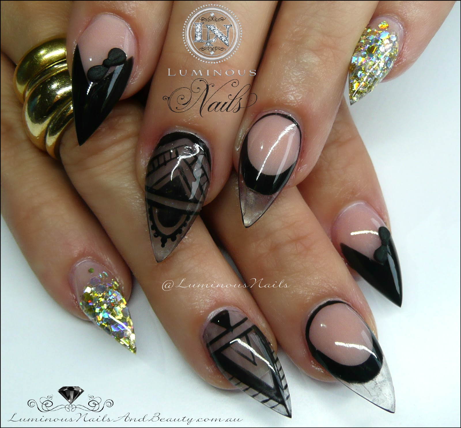 Luminous Nails: Black & Gold Acrylic Nails... Inspired By Get Buffed