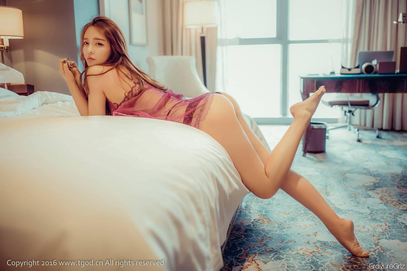 Zhenni Hua 珍妮花