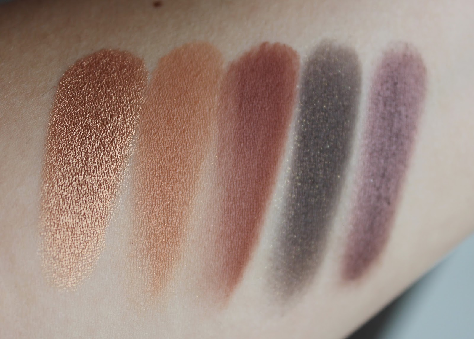 Cocoa Blend Eyeshadow Palette by zoeva #17
