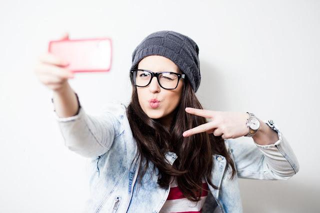 Tips Cara Mengambil Selfie Keren