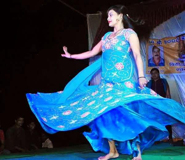 sex workers ritual dance at manikarnika ghat