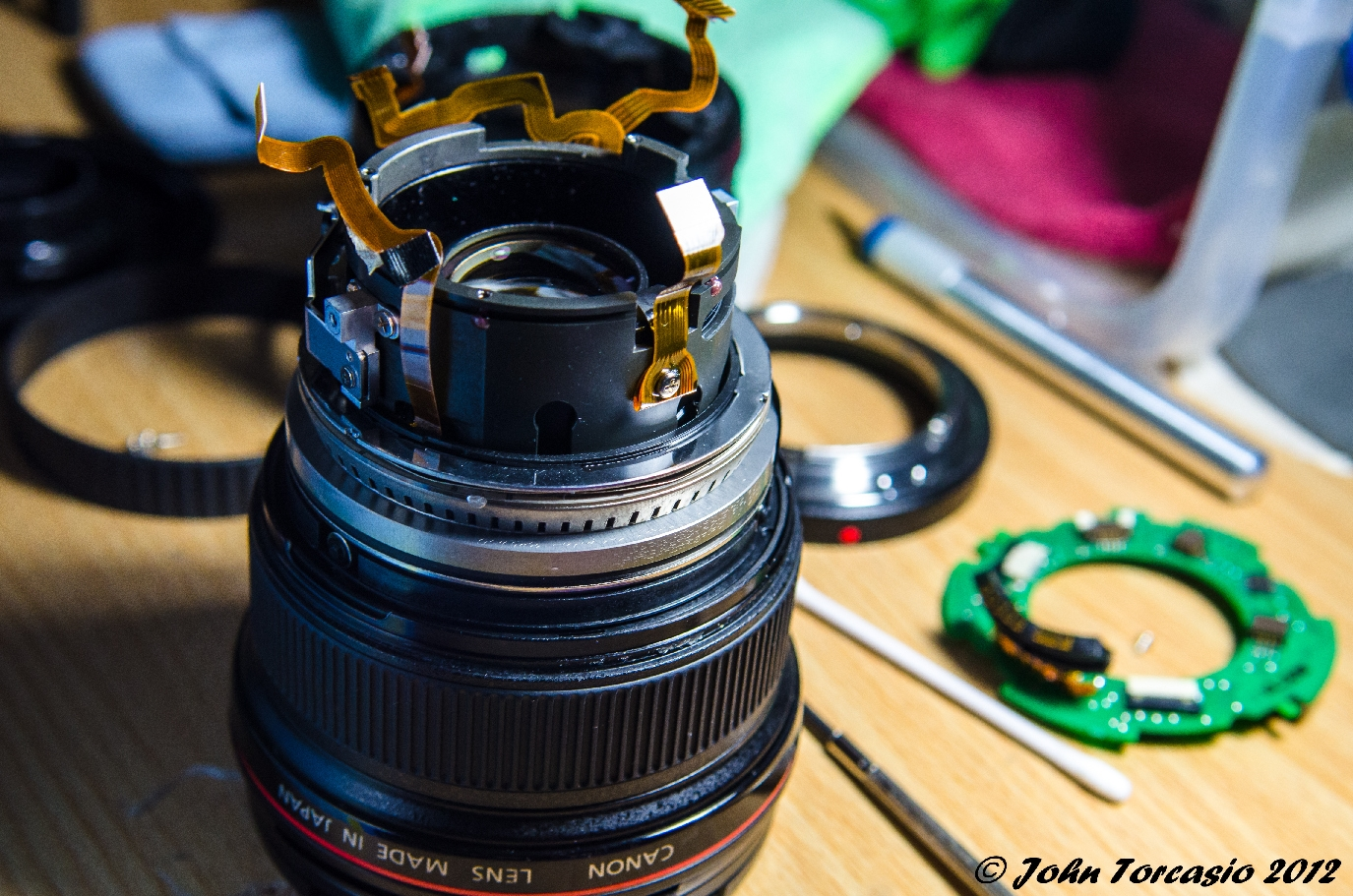 Canon Lens 17-40mm EF f4L USM Casing removed
