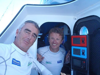JP Dick et Loick Peyron pendant leur Barcelona World Race