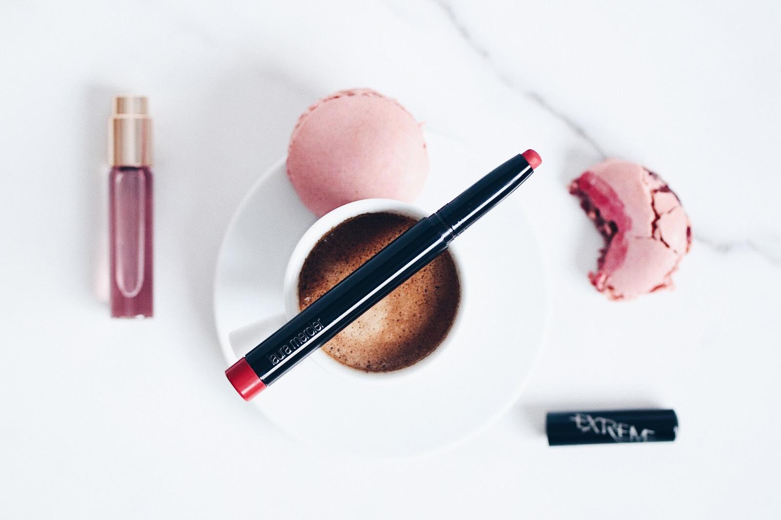 laura mercier velour extreme matte lipstick rouge à lèvres crayon mat avis test swatches swatch toutes les teintes couleurs