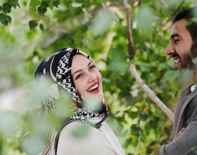 فتوى تقبيل الرجل زوجته في نهار رمضان