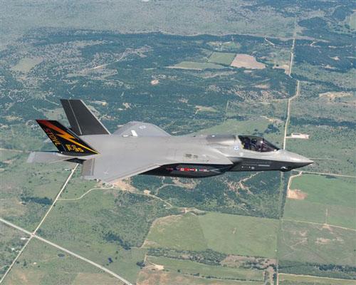 hi tech automotive f 35 lightning ii fighter jet. Black Bedroom Furniture Sets. Home Design Ideas