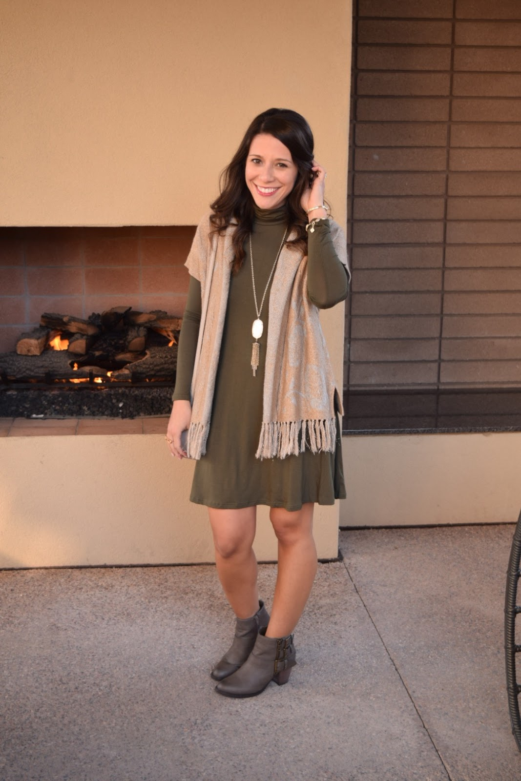 9bde6b10aea I love how this cardigan layers perfectly over this dress
